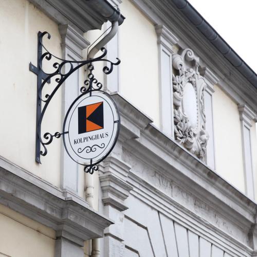 Jugendgästehaus - Kolpinghaus Warsberger Hof