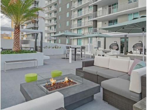 Miami Riverfront Private Apartment