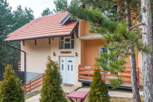 Mountain House Tara