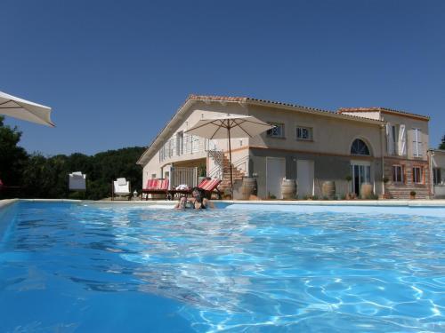 Hoteles baratos cerca de Latrape, Francia - Dónde dormir ...