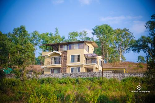 The 10 Best Pet Friendly Hotels In Mahabaleshwar India Booking Com