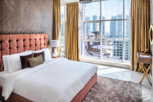 Luxury Staycation - Continental Tower