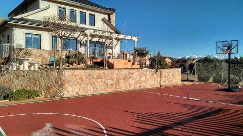 ES, El Escorial yakınındaki müsait en iyi oteller (en düşük ...