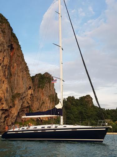 Saffron Sailing