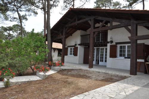Villa dans quartier calme - 2111