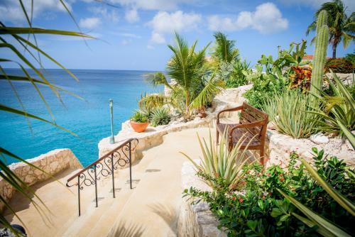 Lagun Blou Dive and Beach Resort