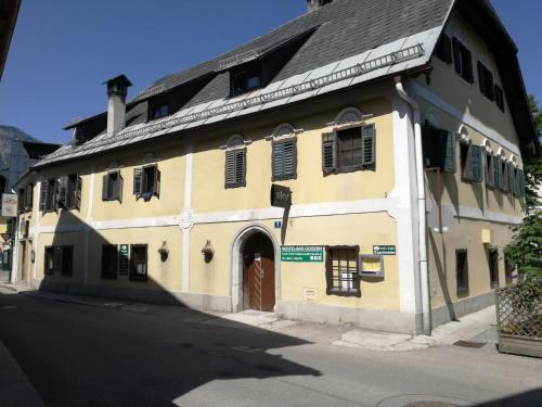 Hostel-Badgoisern1