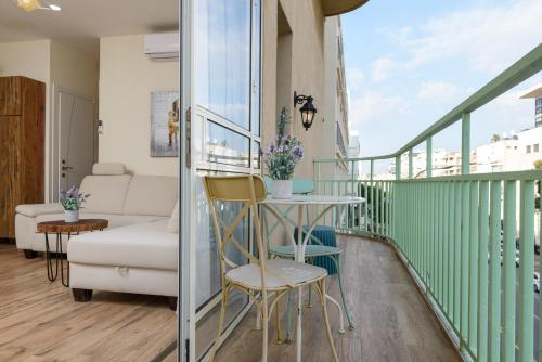 Sunset TLV Apartment - Ben Yehuda 175