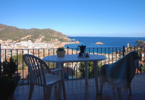 Lets Holidays Mediterranean sea views in Costa Brava