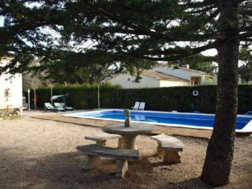 Casa de Férias Casa con piscina y jardín (Espanha Collbató ...