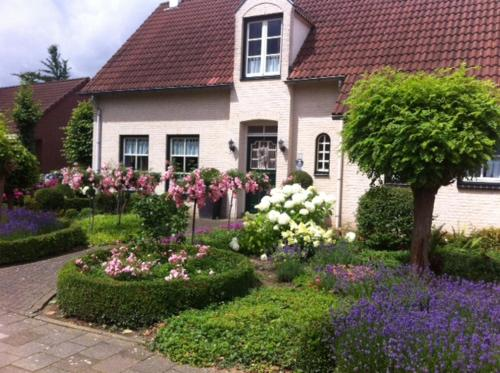 Chalet nearby Roermond Outlet