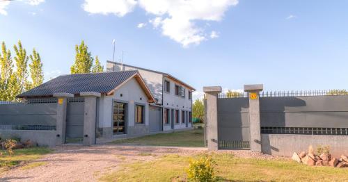 Altos la Villa