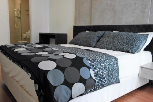 I-Suites by I-City