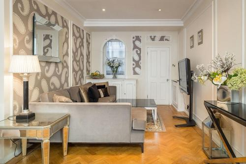 5-bedroom house Marble Arch