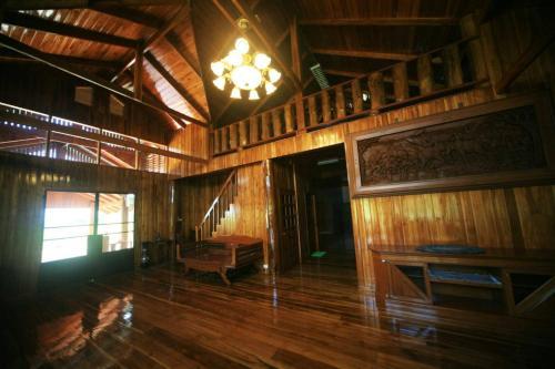 Peace Thai House