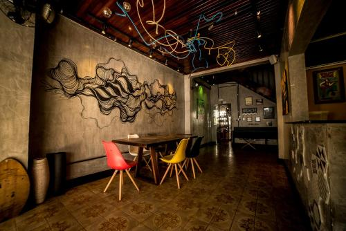 OVibe Hostel & Arts