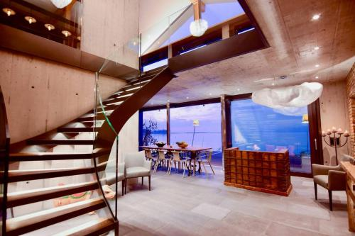 NEW 3BD Luxury Villa on the Geneva Lake / Montreux
