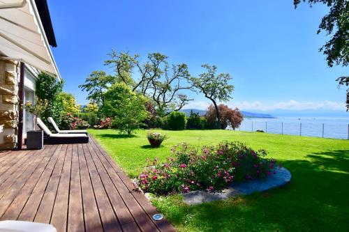 EPFL 3BD The Lake Villa in St Sulpice for 6PPL