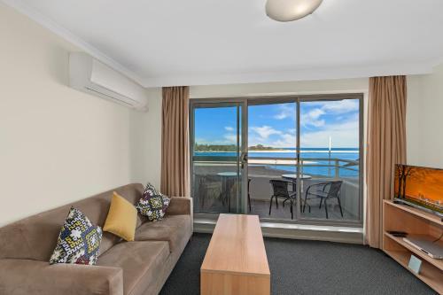 Waterfront Resort No 106