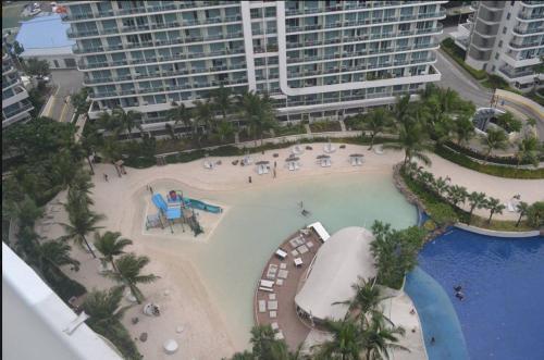 Tatiana's Suite at Azure Urban Beach Resort