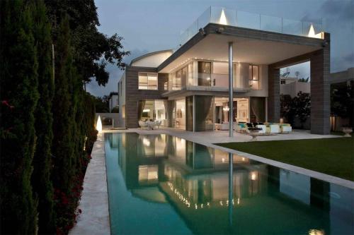 Tel Aviv Modern Villa