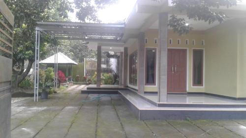 Anugrah House Lombok