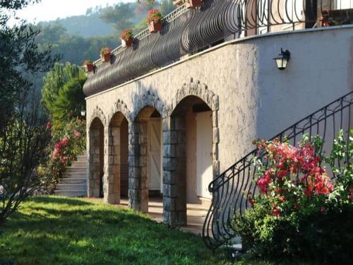 House Mandelieu, colline du capitou, villa avec une vue mer imprenable