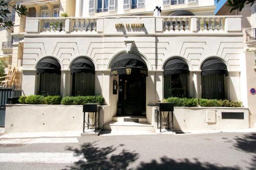 Hotel De Monaco