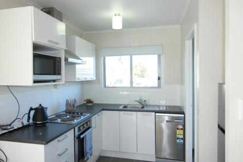 Rose Apartments Unit 2 Central Rotorua- Accommodation & Spa