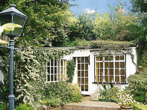 Secret Cottage
