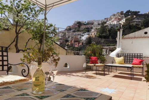 Marocco Suites