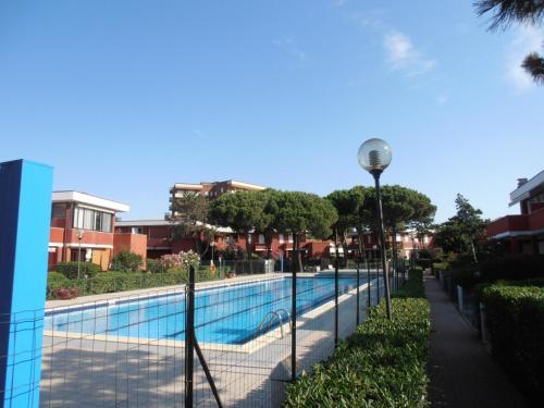 Res. con piscina Esedra