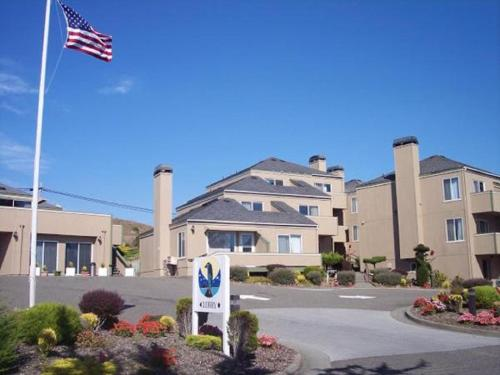 Bodega Coast Inn and Suites