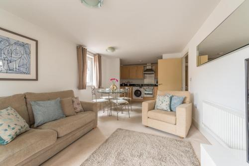 Hampden Apartments - The Beatrice