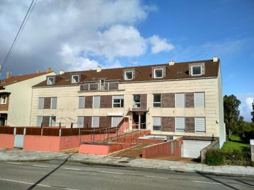 Description for a11y. Apartamentos Illa de Arousa 3000