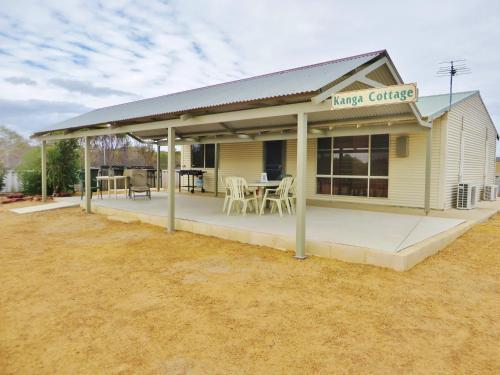 Kanga Cottage