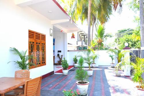 Hilton Cottage
