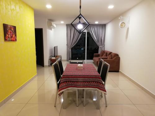 D'Esplanade @ Comfortable Suite 2