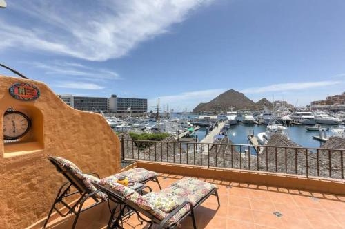 Casa Deakins! At the Heart of Cabo San Lucas & The Marina!