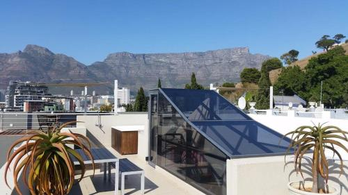 Cape Life - De Smit Luxury Rental