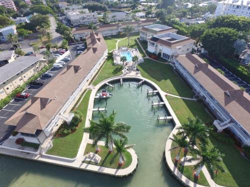 Marco Inn Villas D9 #65076 Condo