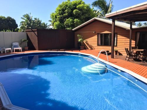 Nikao Pool Villa