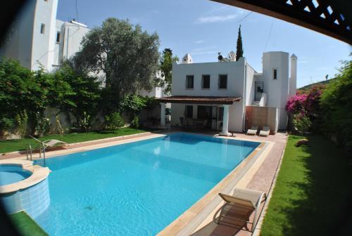 Evoteli Group Torba 4+1 Private Pool Villa
