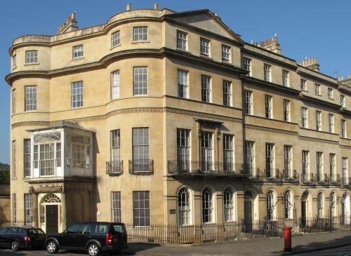Sir Walter Elliot's House B&B