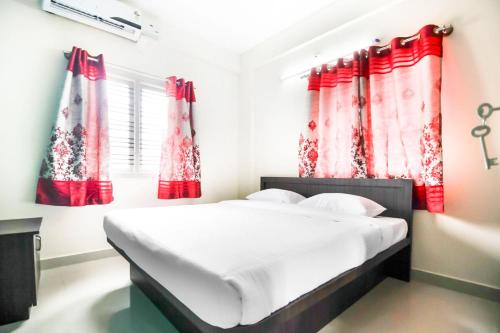 Apartment with Wi-Fi in Bengaluru, by GuestHouser 60738