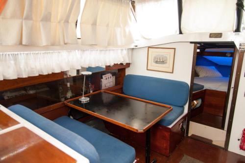 Achillion Yacht
