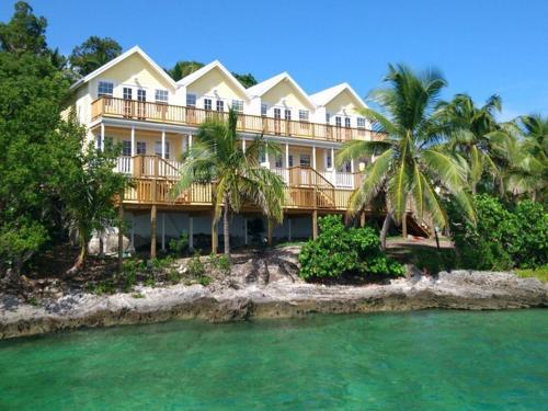 Bluff House Beach Resort & Marina