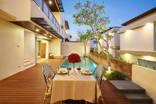 The Miracle Villa Nusa Dua