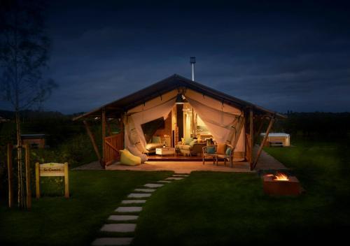 Love2stay Glamping Resort