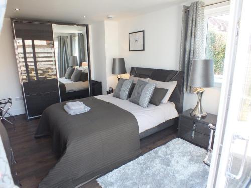 Prestwick Suites 4 Bedroom